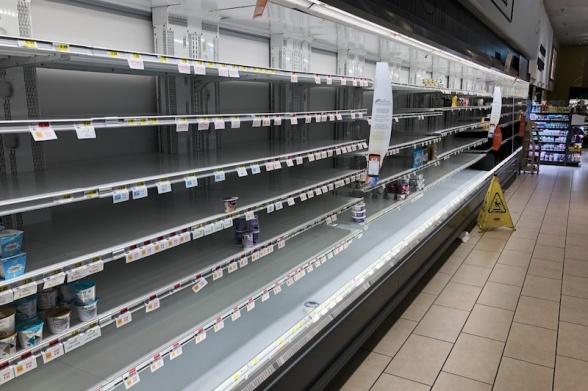 Empty_store